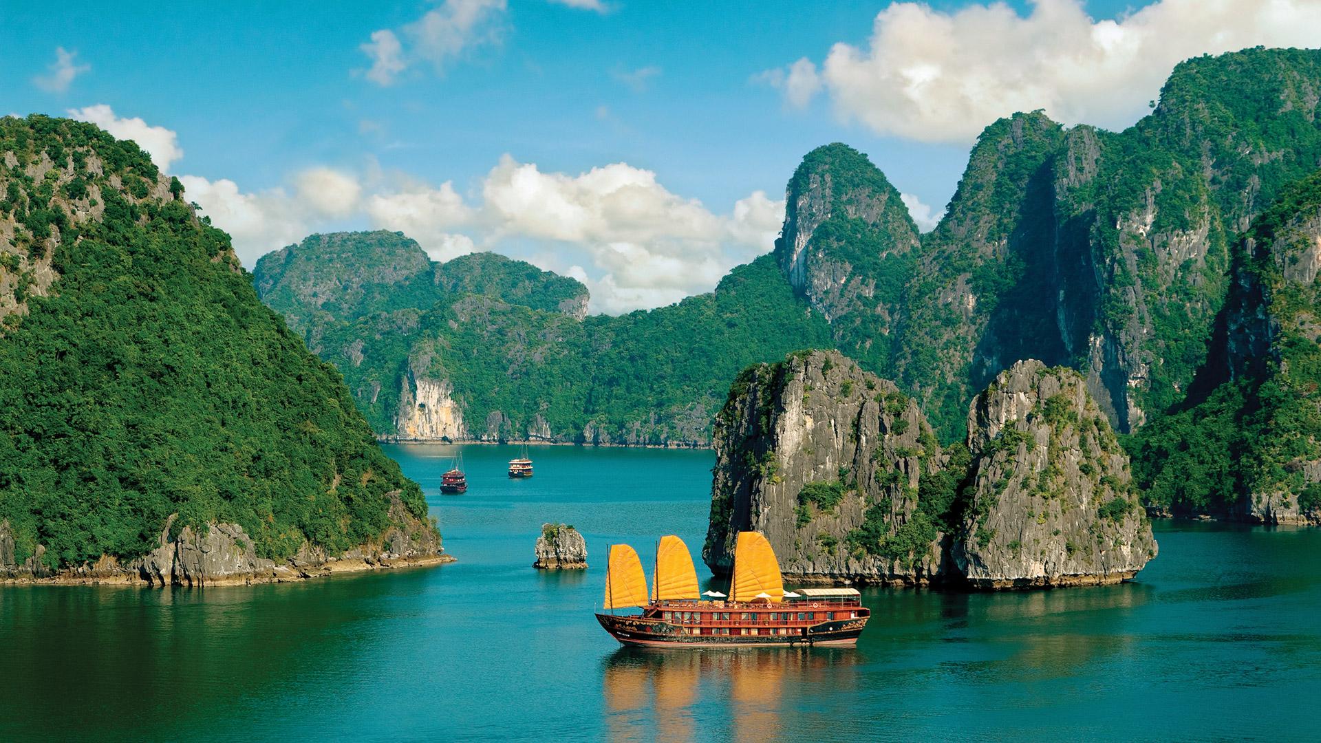 Background ấn tượng với cảnh đẹp Vịnh Hạ Long